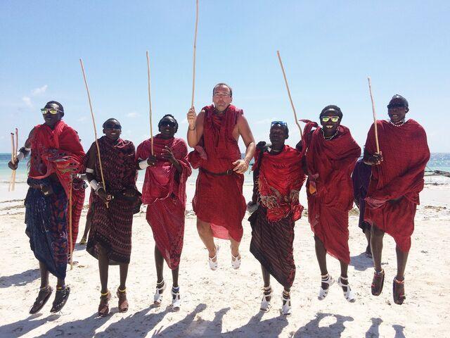 Juraj kordik s masajmu na zanzibare