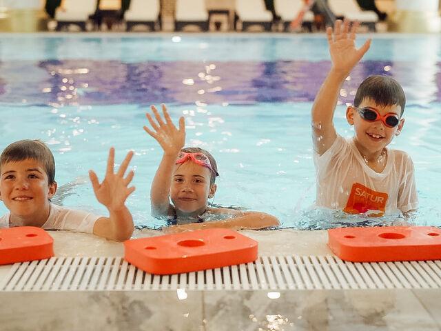 Plavecká športová akadémia