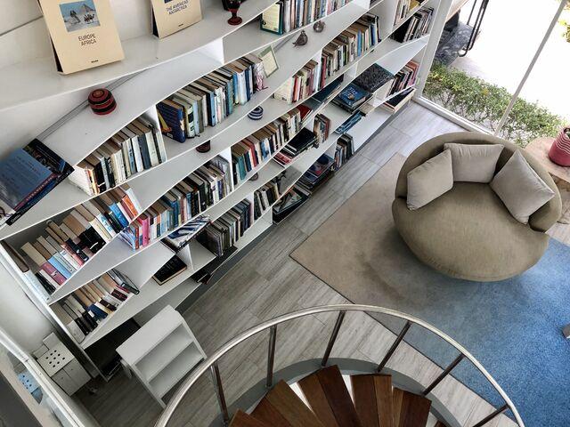Apartmán s knižnicou