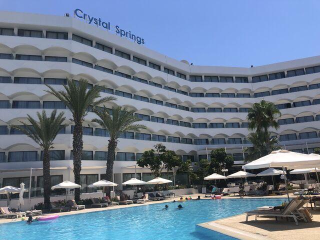 Hotel crystal springs na južnom cypre