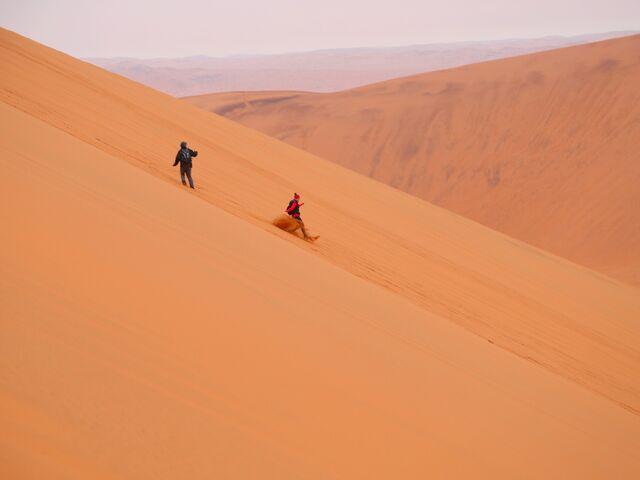 Na púštnej dune v namíbii