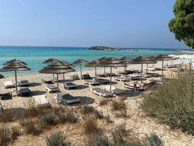 Krásna Nissi Beach