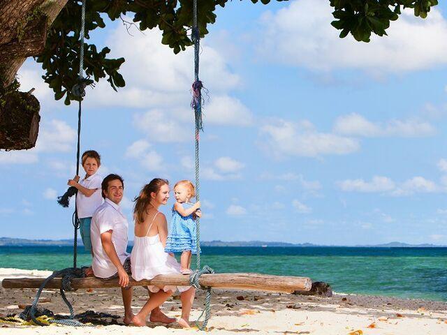 Rodina na exotickej dovolenke