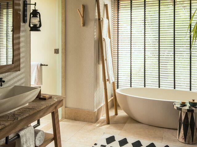 Kúpeľňa hotela four seasons seychely