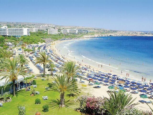 Pláž hotela stamatia