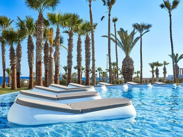 Bazén hotela atlantic mare