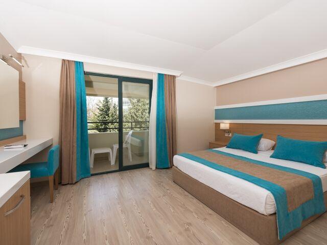 Izba hotela sandy beach v turecku