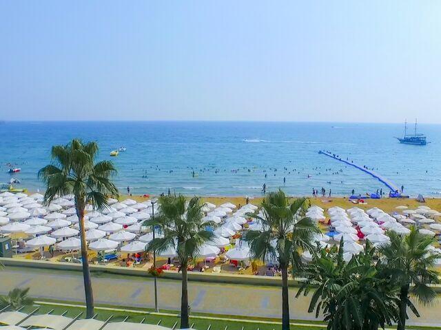 Pláž hotela sandy beach v turecku