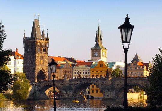 STOVEŽATÁ PRAHA, Česká republika