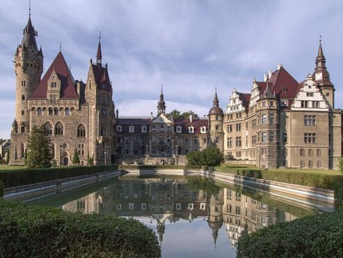 Zámok Moszna v poľsku