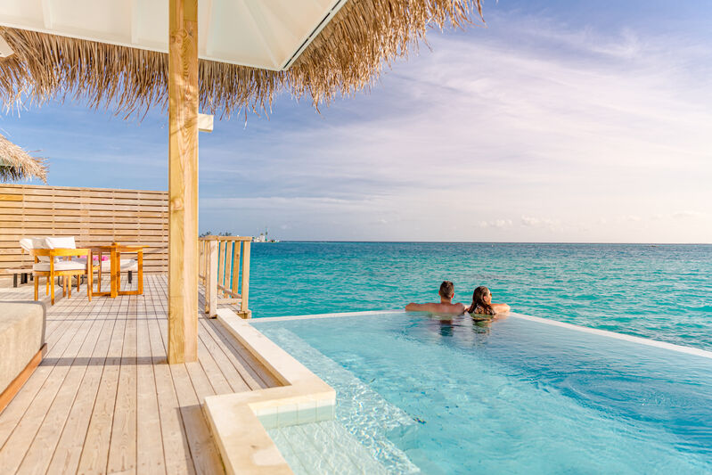 Dvojica v Ocean Villa