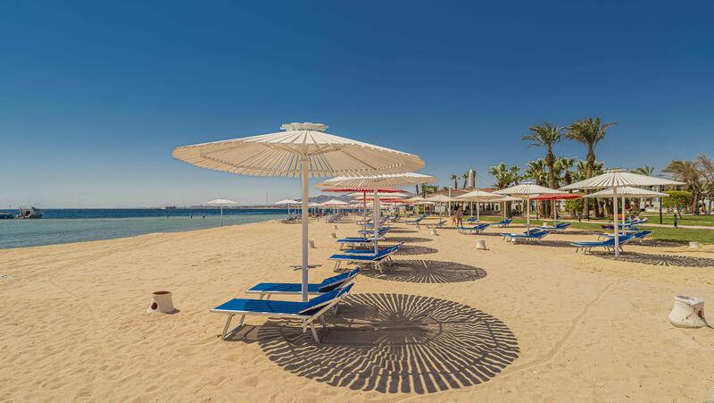 Pláž hotela amarina abu somba