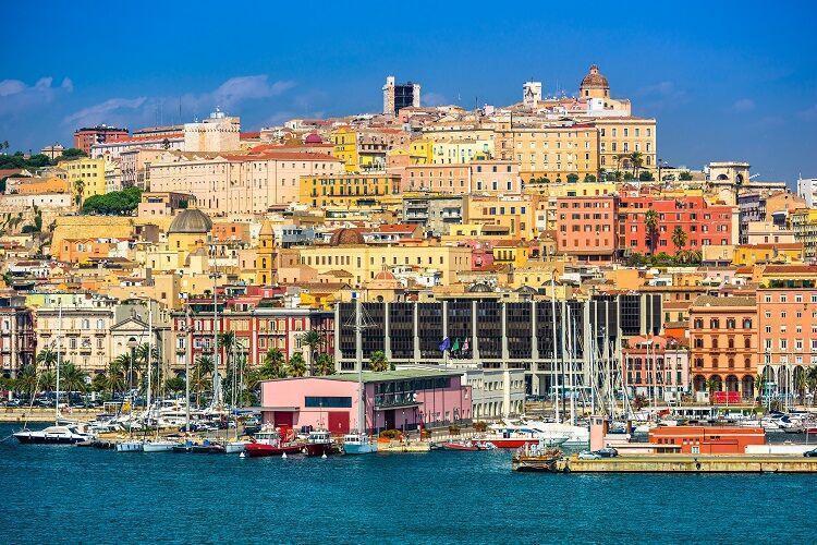 Cagliari hlavné mesto sardínie