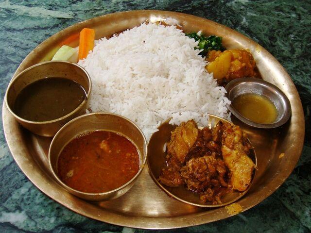 Dal bhat typické jedlo v nepále