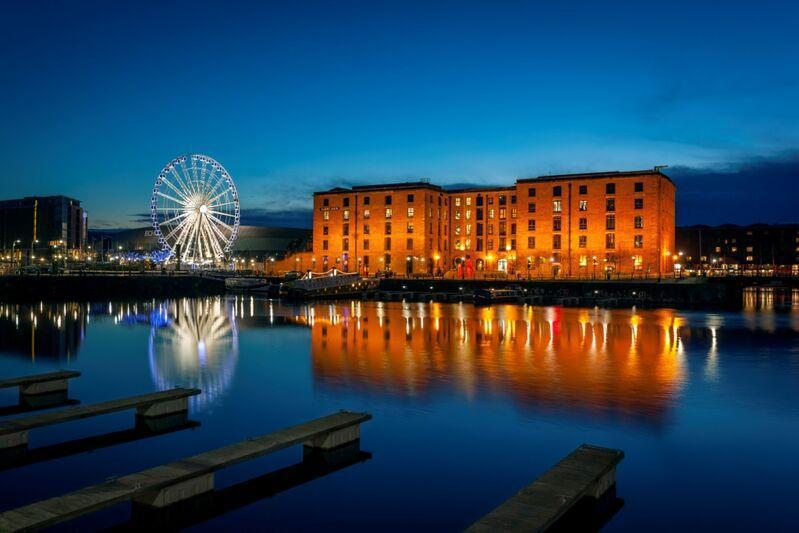 Liverpool v noci