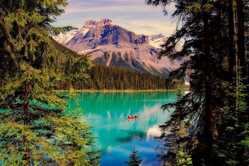 Emerald lake v kanade