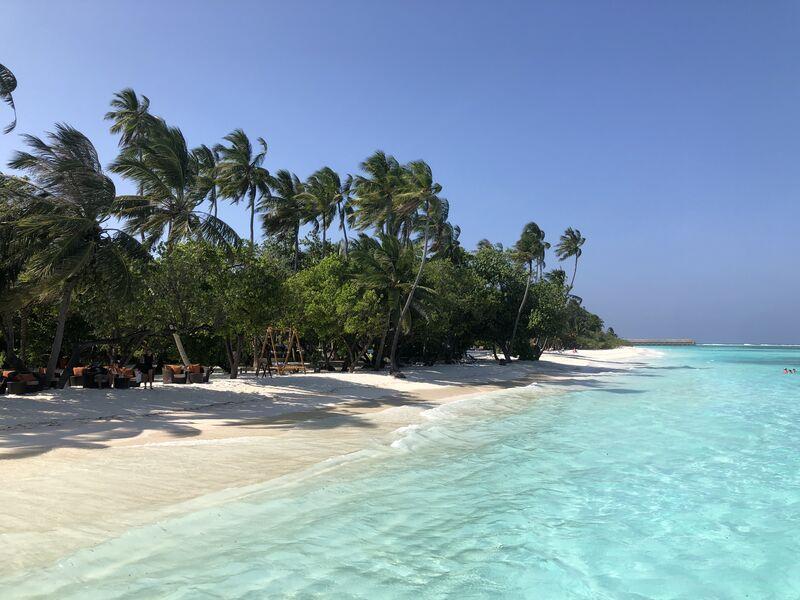 Pláž na maldivách meeru
