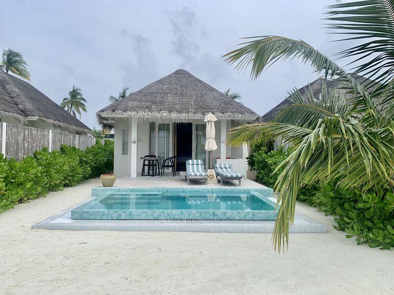 Beach vila s bazénom