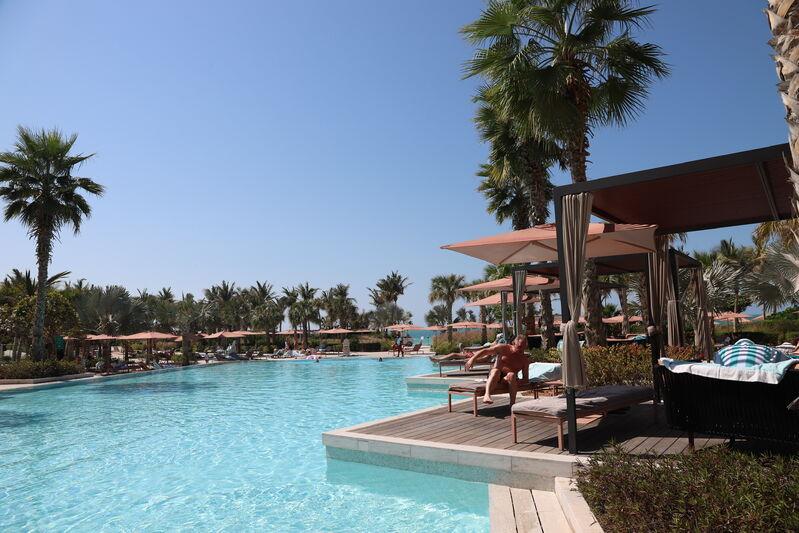 Bazény hotela ceasars v dubaji