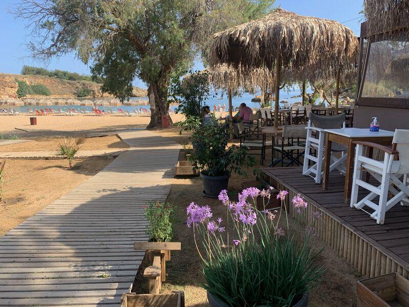 Pláž domes of noruz