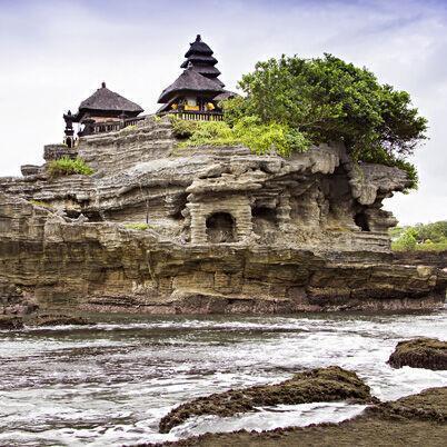 Satur Cestokino o Indonézii