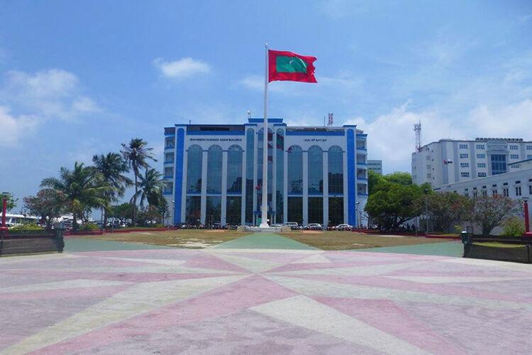Hlavné námestie s vlajkou