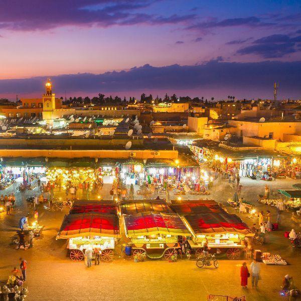 Trh jemma len fna v marockom marakéši