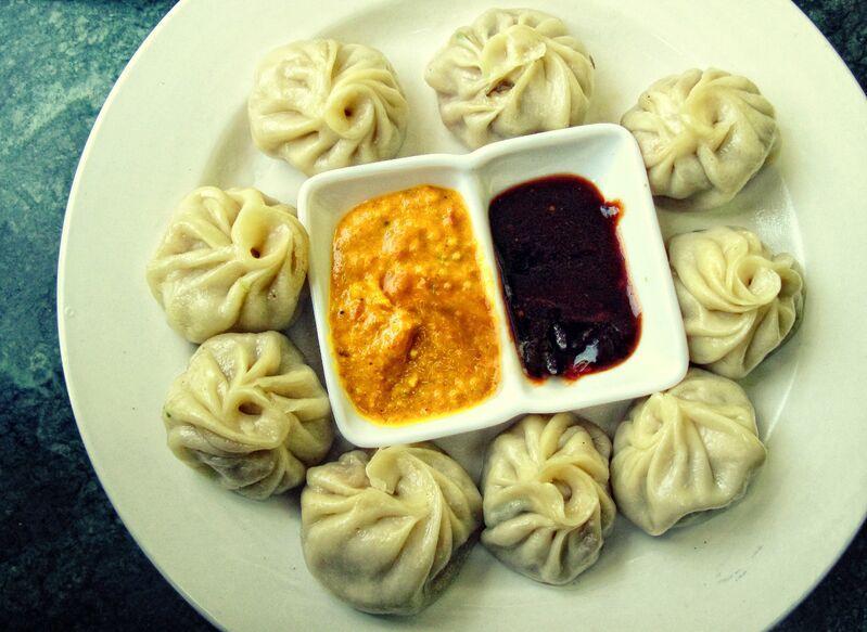 Typické jedlo v nepále momos