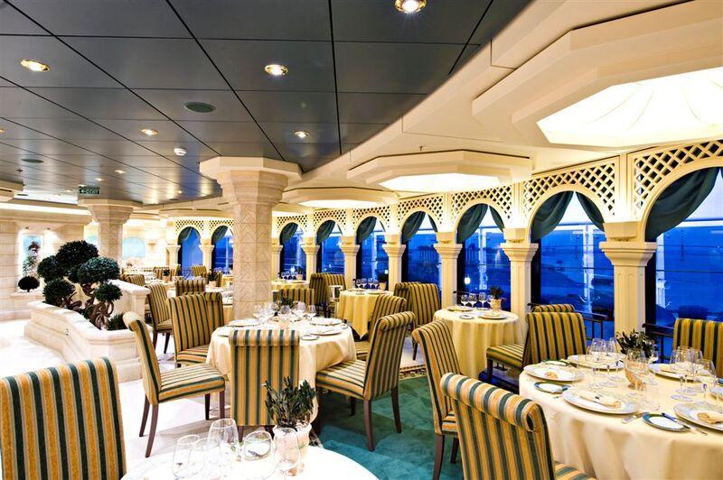 Reštaurácia na lodi msc