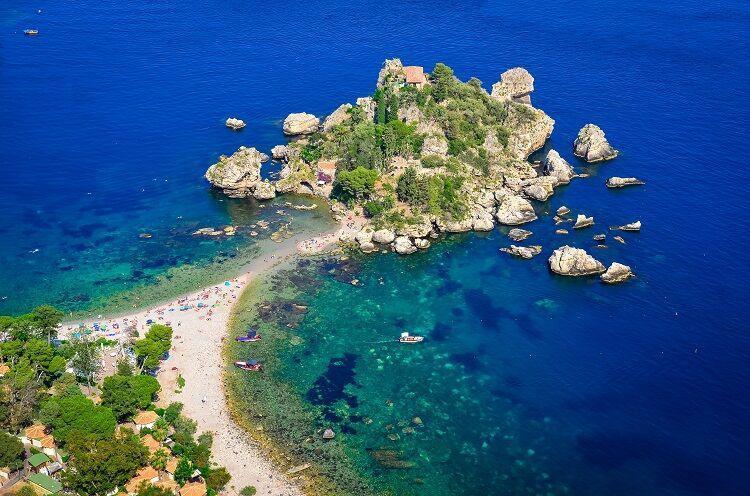 Isolla bella na sicílii
