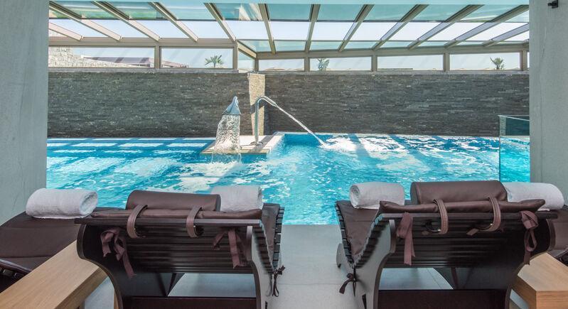 Súkromný bazén hotela nan princess na kréte