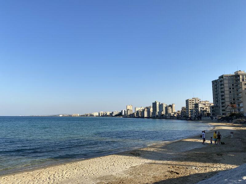 Varosha - pláž a záliv