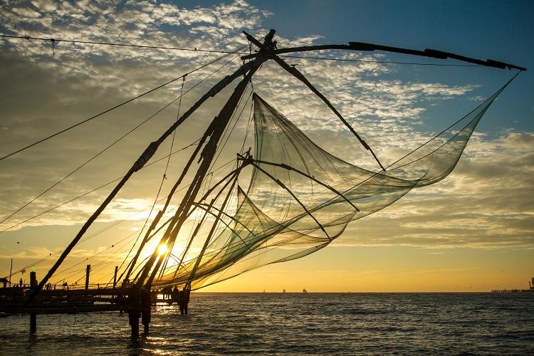 Rybárske siete v meste kochi v indii