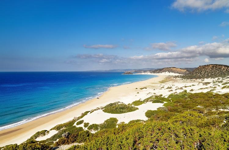 Pláž golden beach na karpaze