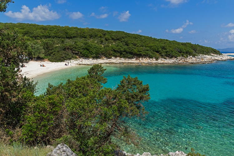 Pláž Emblisi na Kefalónii