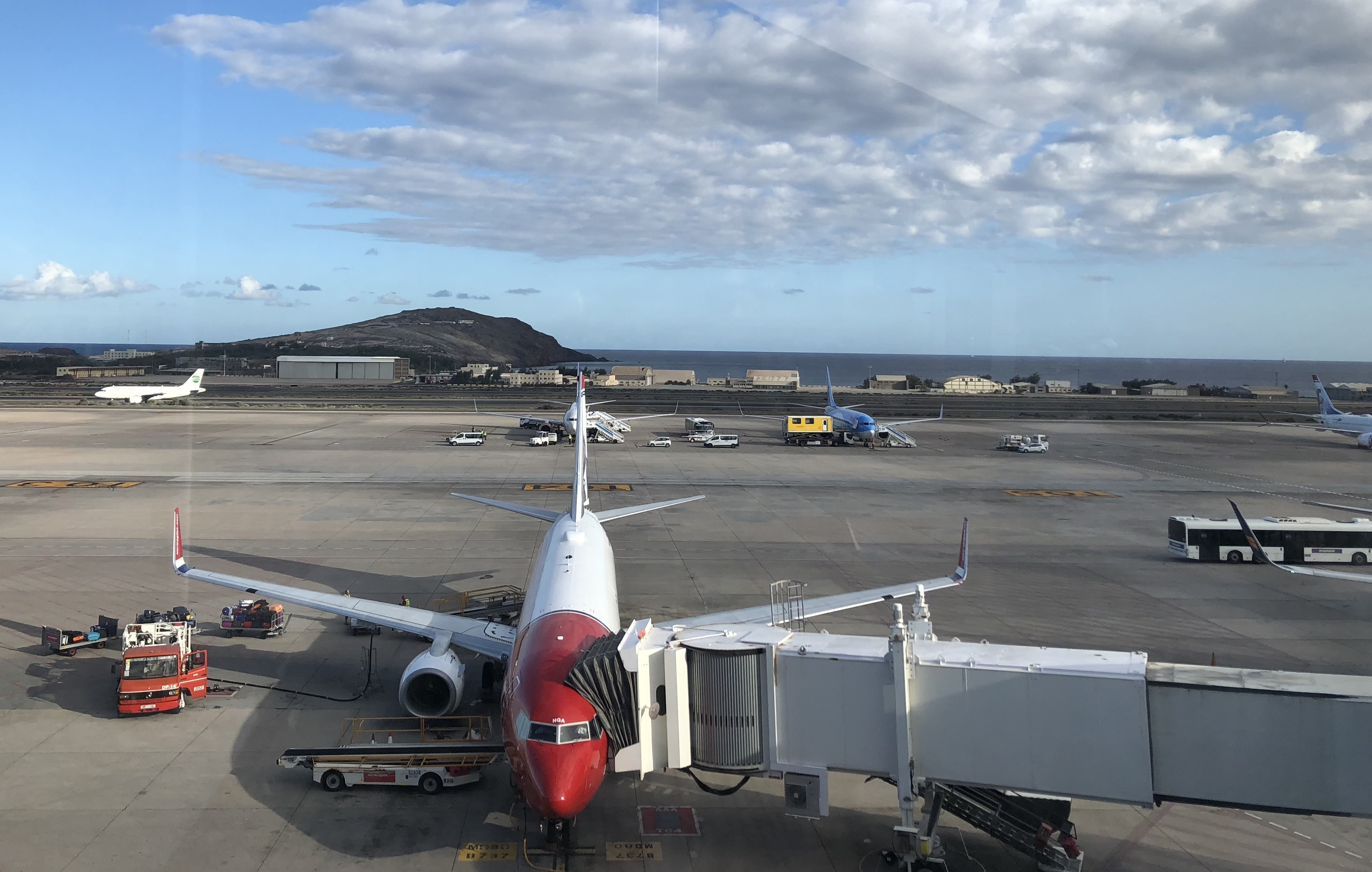 Lietadlo na letisku na ostrove Gran Canaria