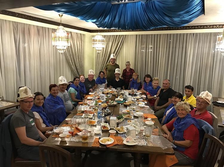 Tradičná večera v kirgizsku