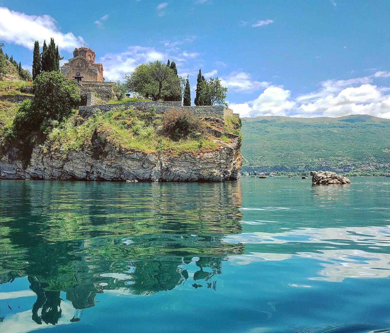 Jazero ohrid na hraniciach s macedónskom