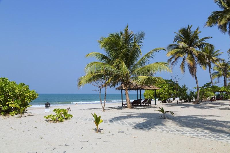 Pláž ngapali v Mjanmarsku