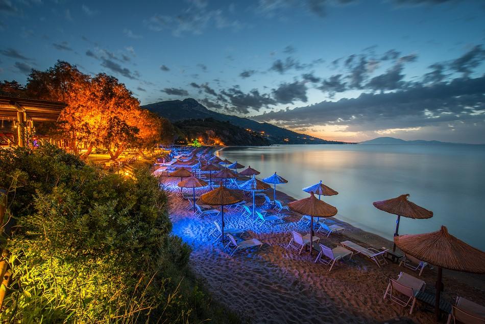 Pláž Porto Azzuro na Zakyntose
