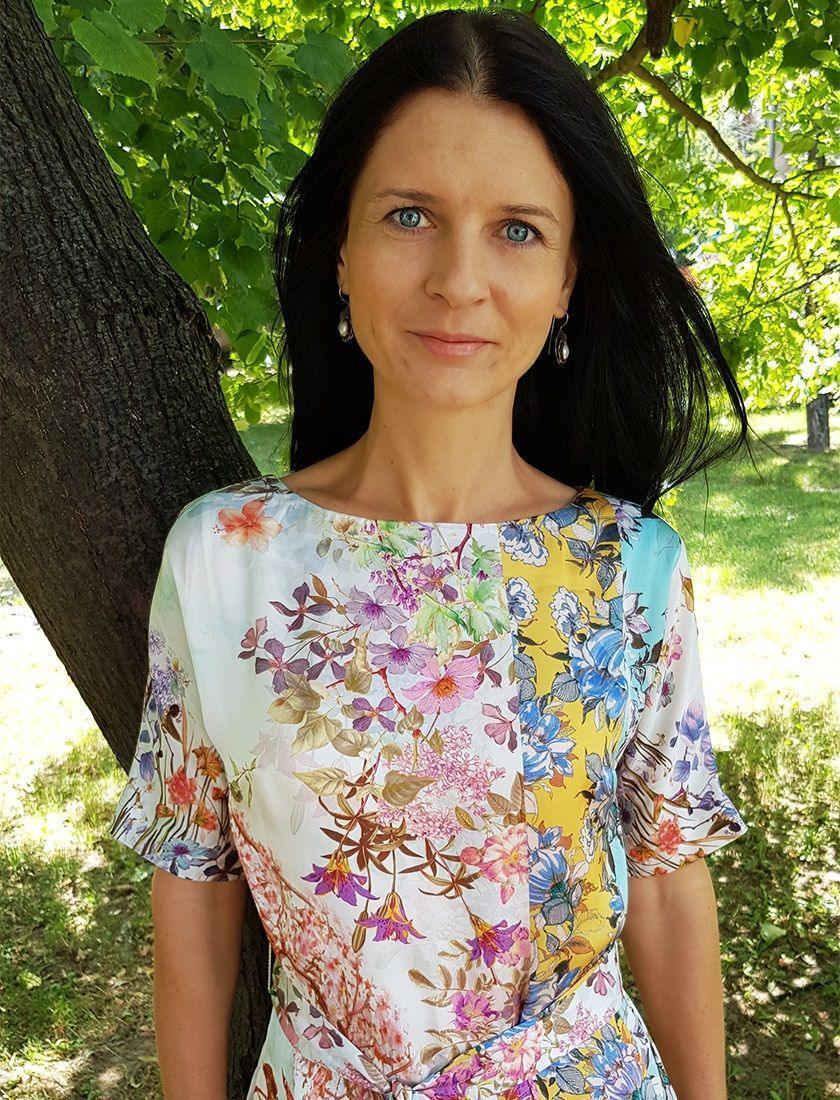 Zuzana Zwiebel