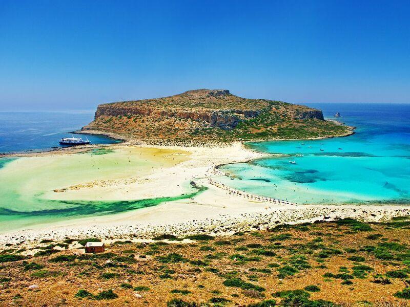 <p><strong>Prečo by si naši klienti mali vybrať práve krajinu Kréta na svoju letnú dovolenku?</strong></p>