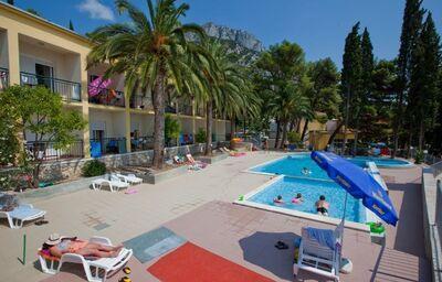 Hotelový komplex Sunce s bazénom
