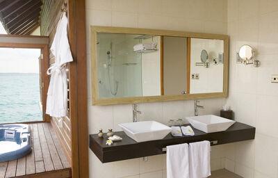 Veligandu Island Resort W