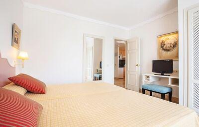 Izba v hoteli Grupotel Macarella Suites & Spa