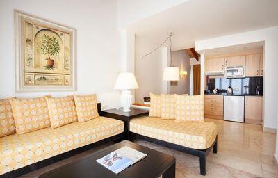 Ubytovanie v hoteli Grupotel Macarella Suites & Spa