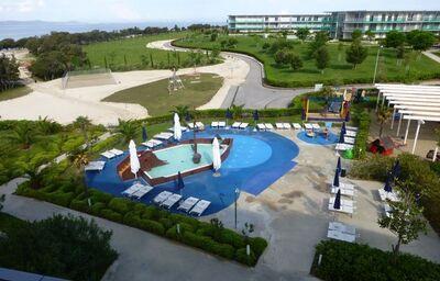 Detský bazén s pirátskou ľoďou v hoteli Falkensteiner Family Diadora