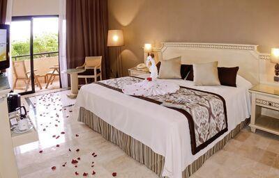 Grand Palladium Kantenah Resort & Spa W