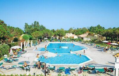 bazén v hoteli Li Cupulatti