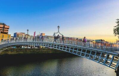"Dublinský most Ha""penny"